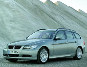 BMW 320d Touring: 2 фото