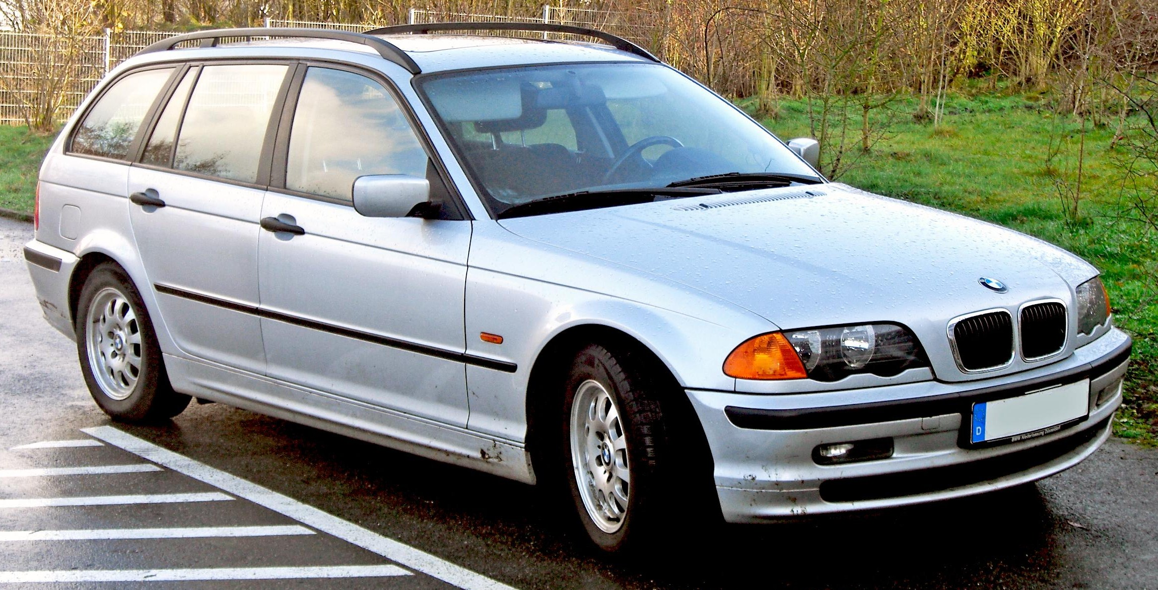 BMW 320d Touring: 5 фото
